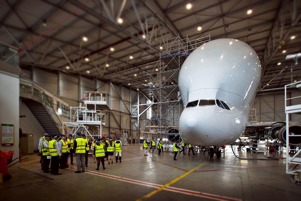 Maman comment on fait les a380 visite privil gi e des for Avion airbus a380 interieur