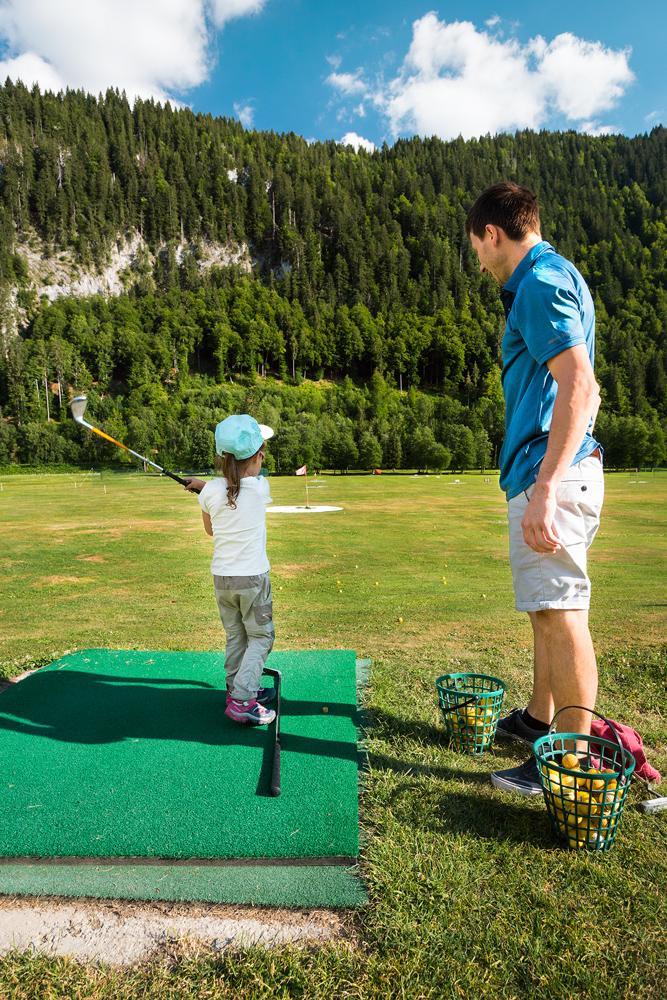 Initiation au golf pour enfant au Grand-Bornand