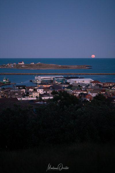 Lune sur l'île aux marins