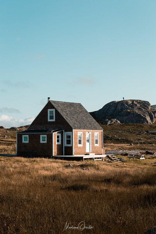 Maison en bois sur l'île aux Marins